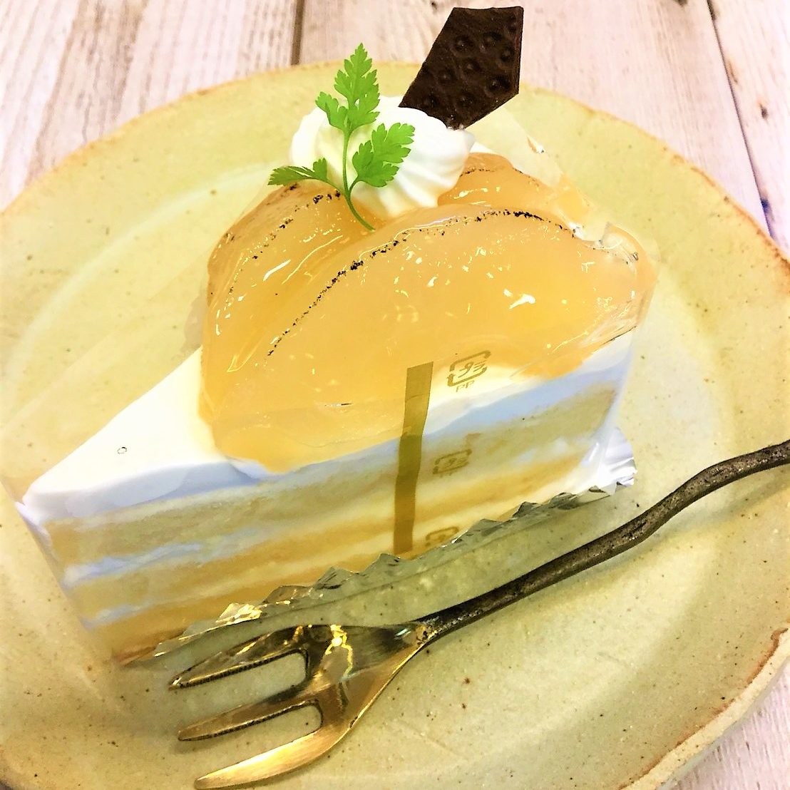 洋梨のショートケーキ